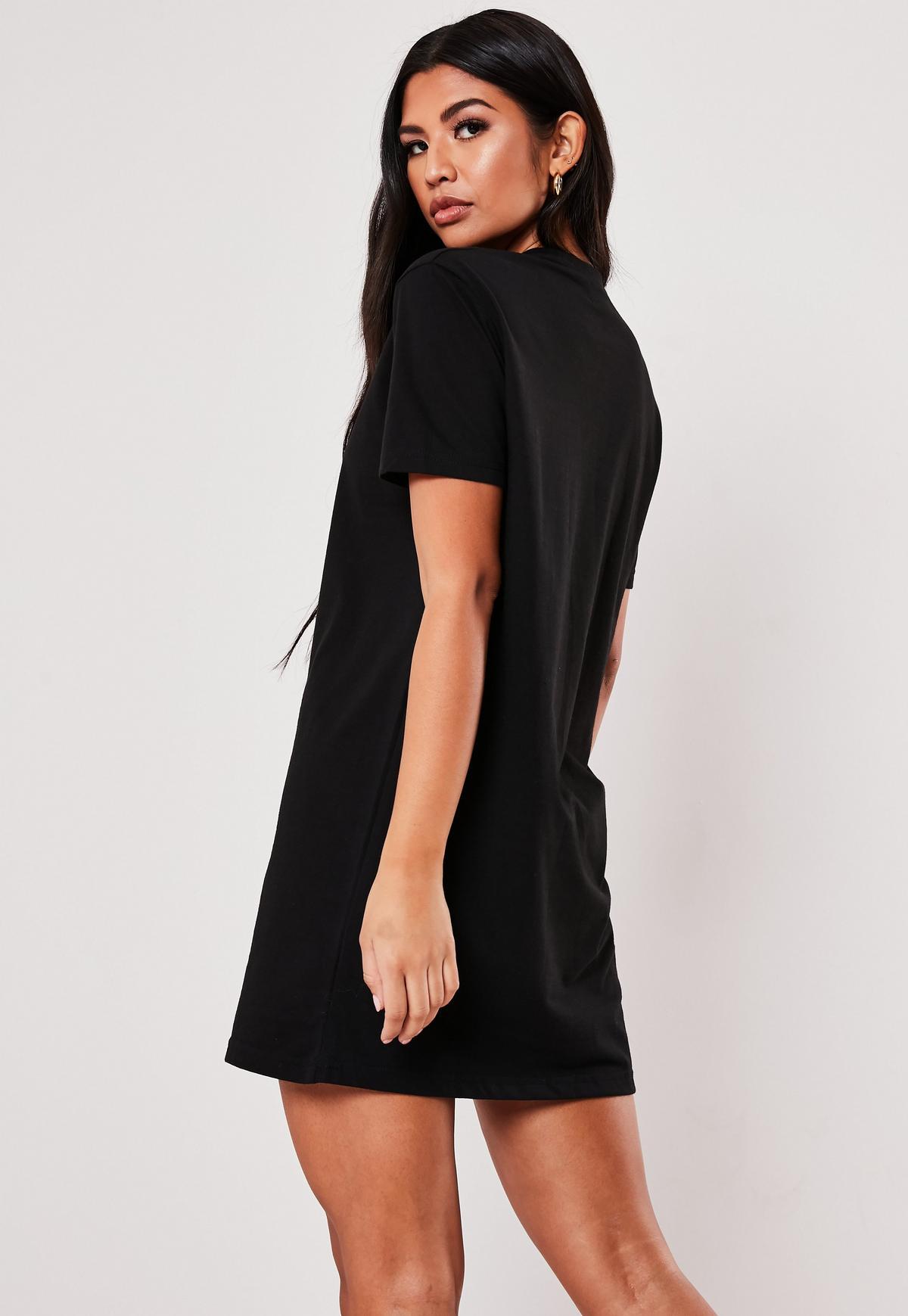 Basic-T-Shirt-Kleid in Schwarz