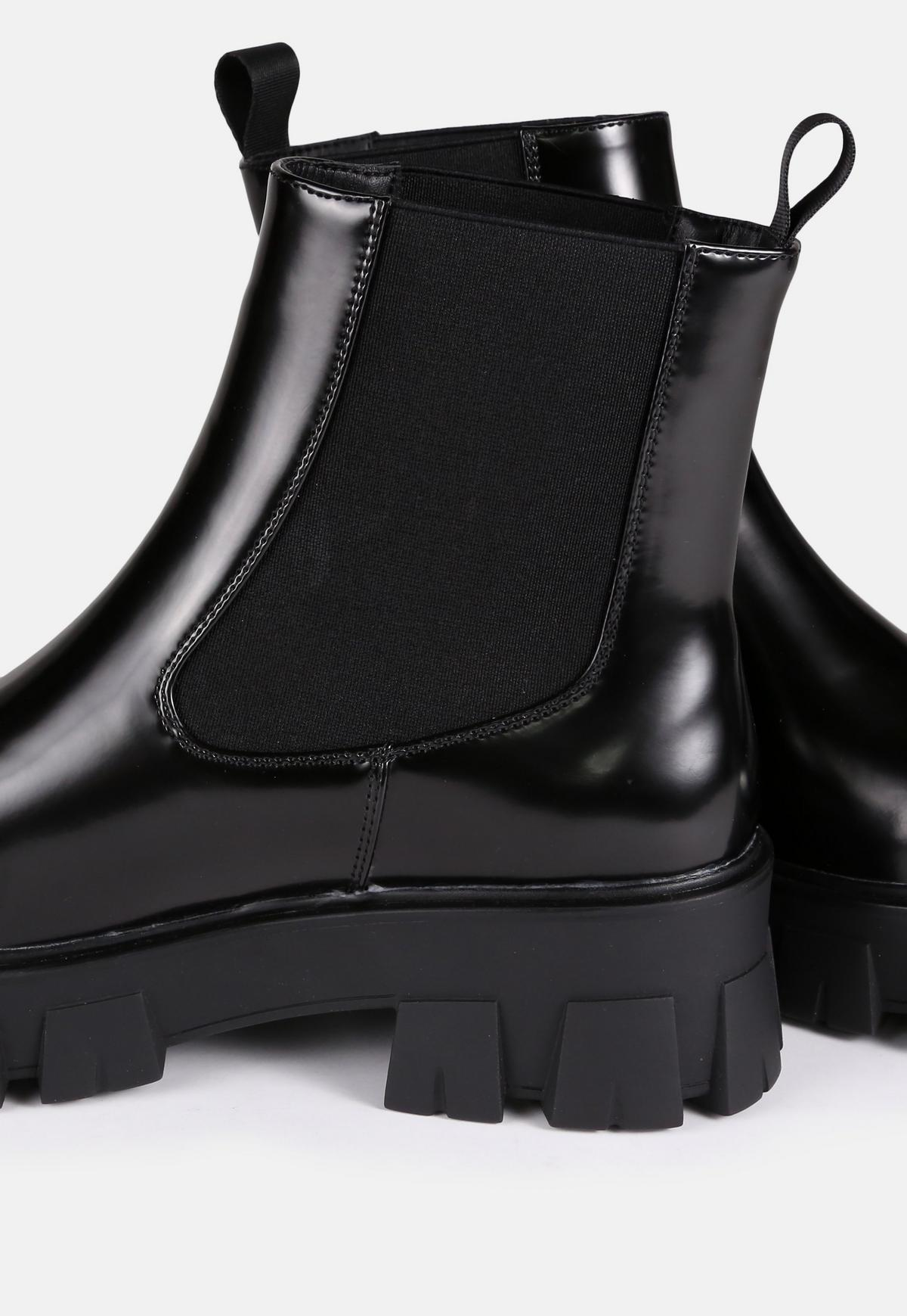 Black Chunky Lego Sole Chelsea Boots Missguided
