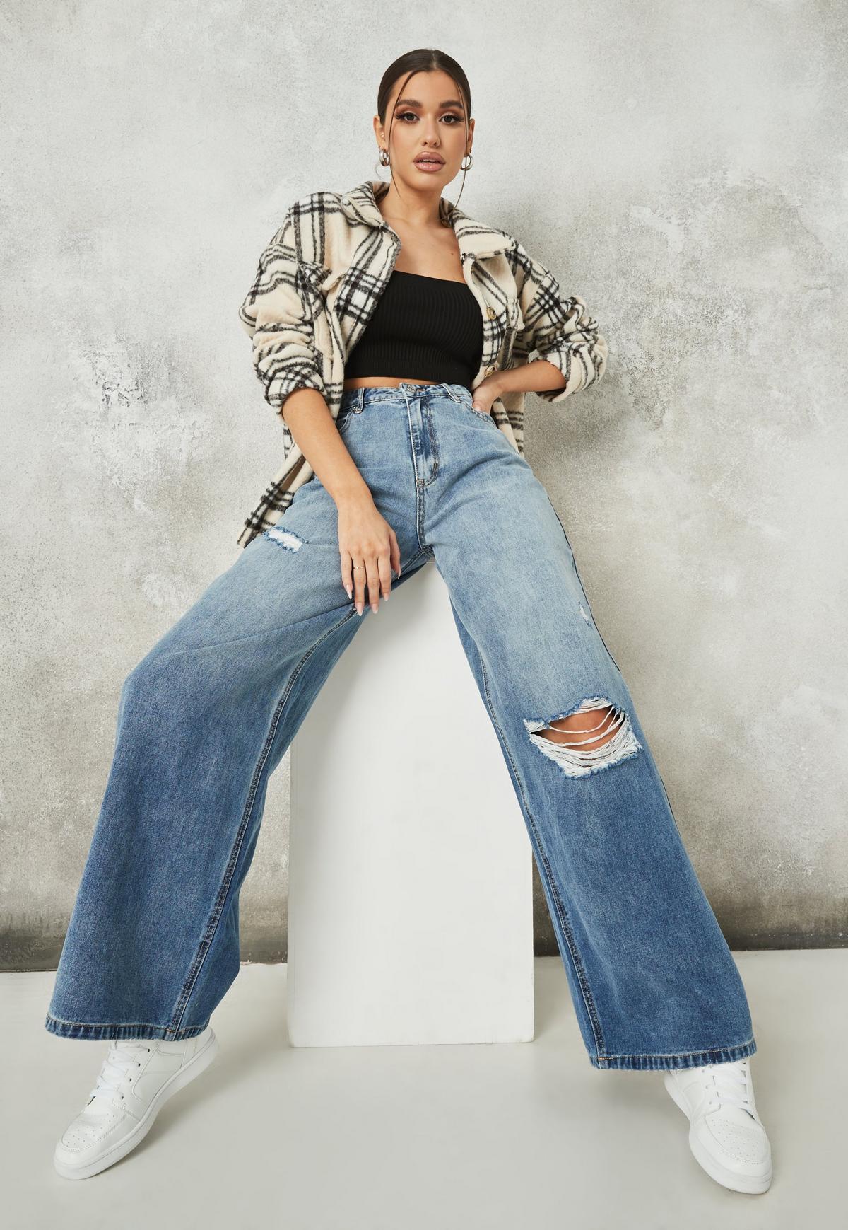 Blue Super Distressed Baggy Boyfriend Jeans | Missguided