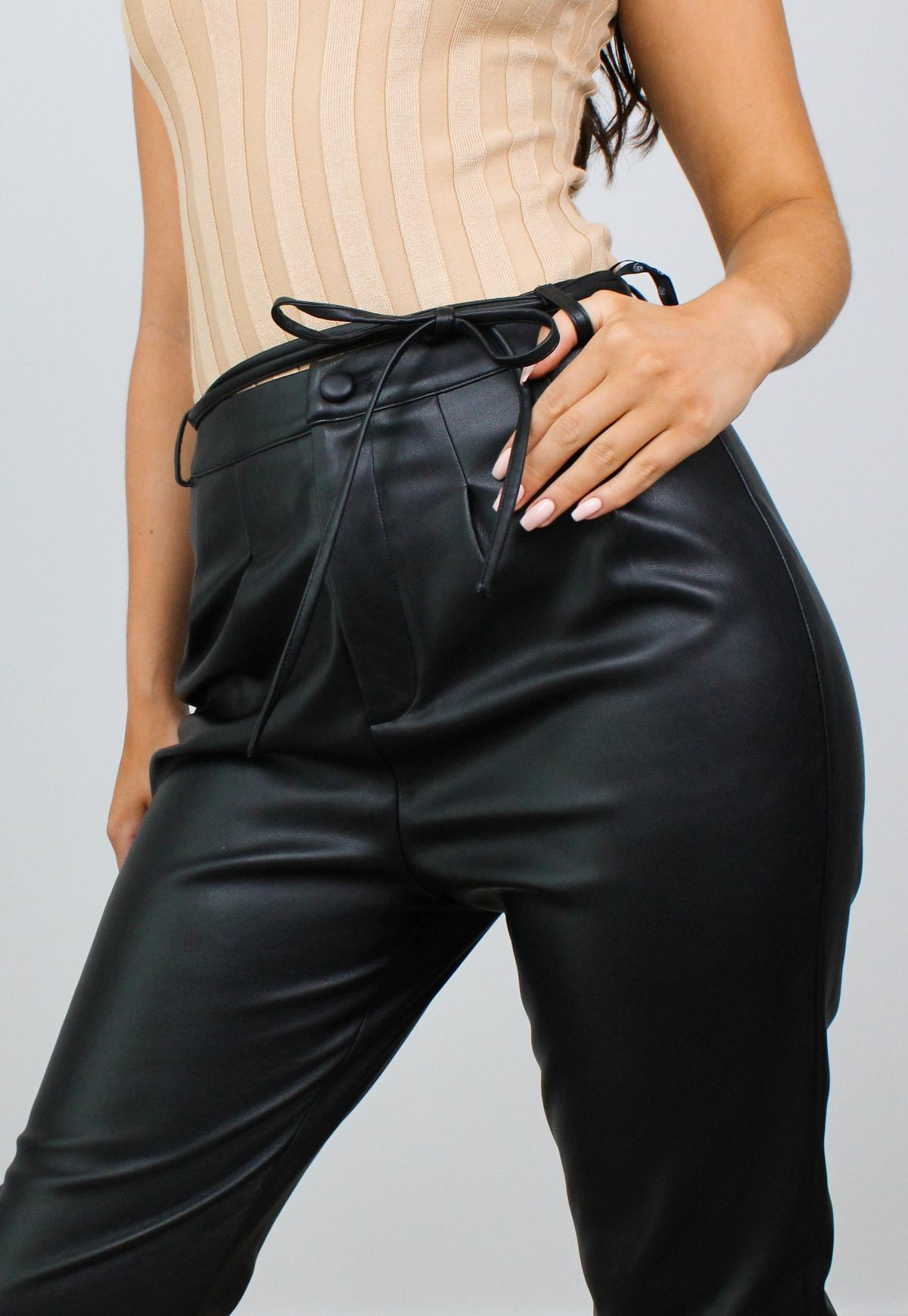 Missguided - Frill Detail High Waist Shorts Blue