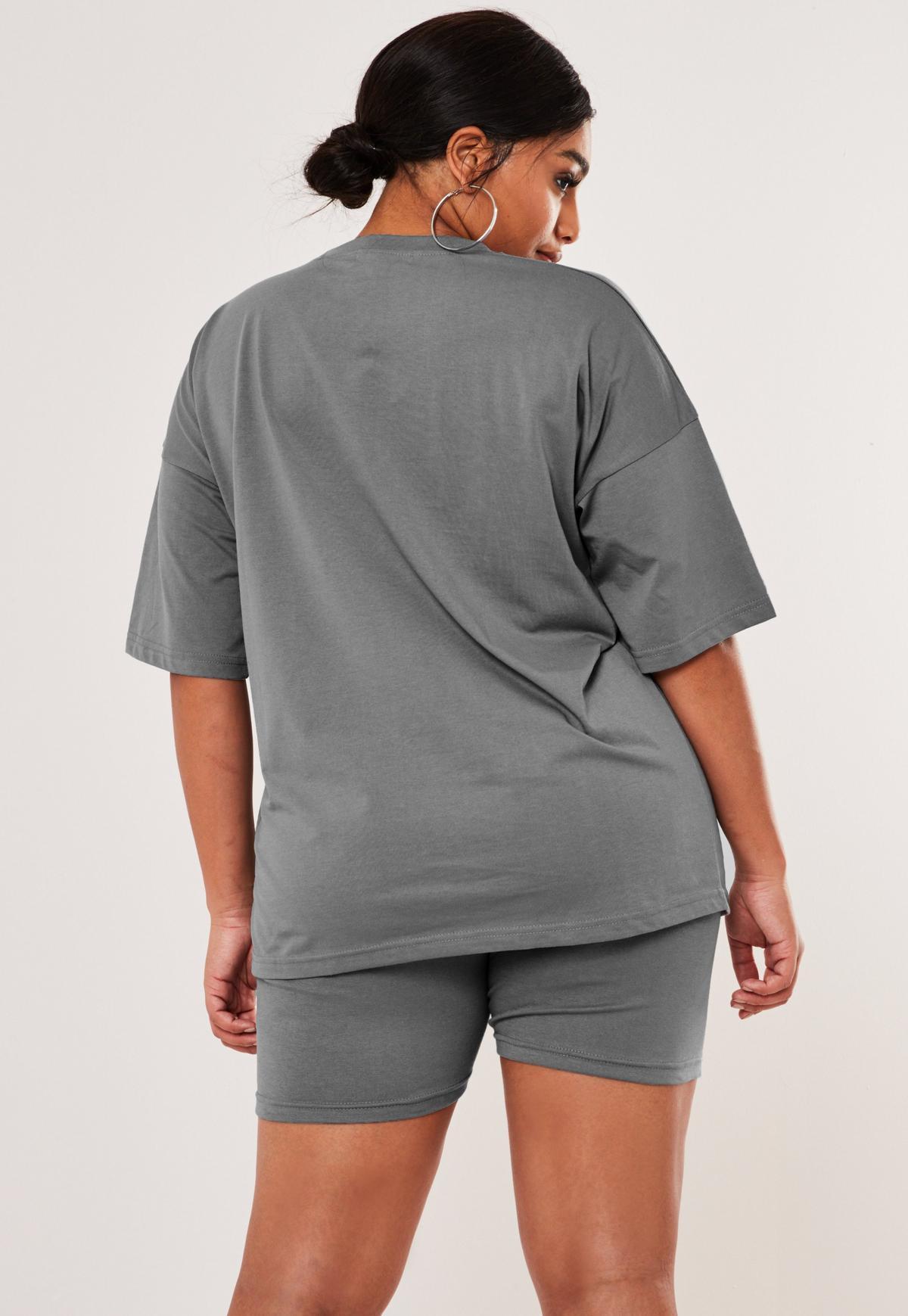 Ensemble gris foncé t shirt oversize et short cycliste grandes tailles