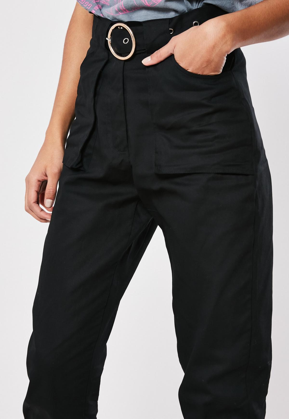 Petite Czarne spodnie cargo z paskiem
