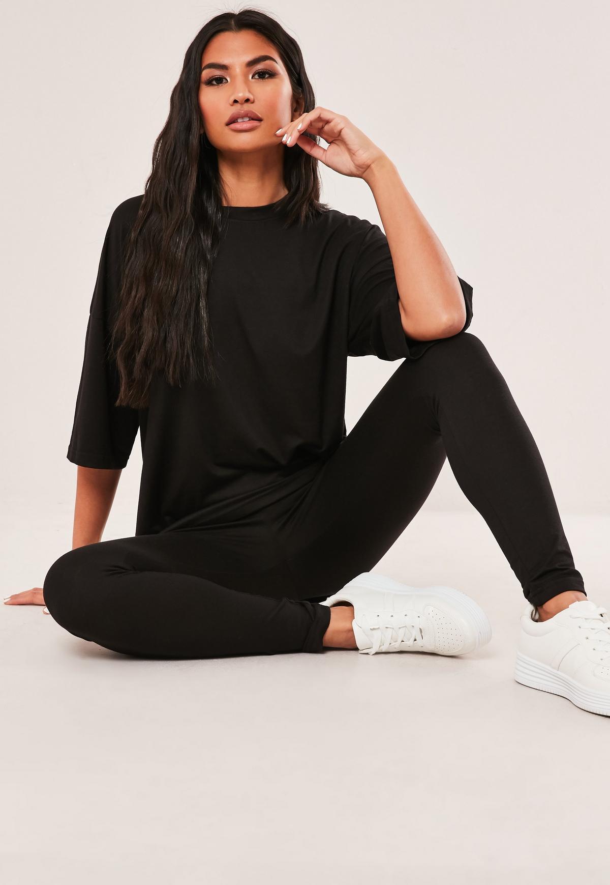 Ensemble noir T shirt oversize et legging Tall