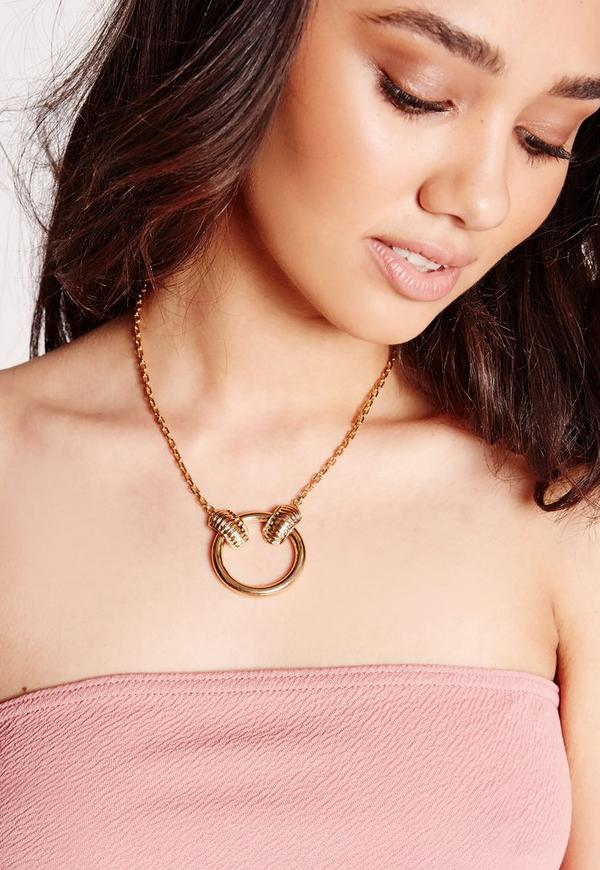 Circle Statement Necklace Gold
