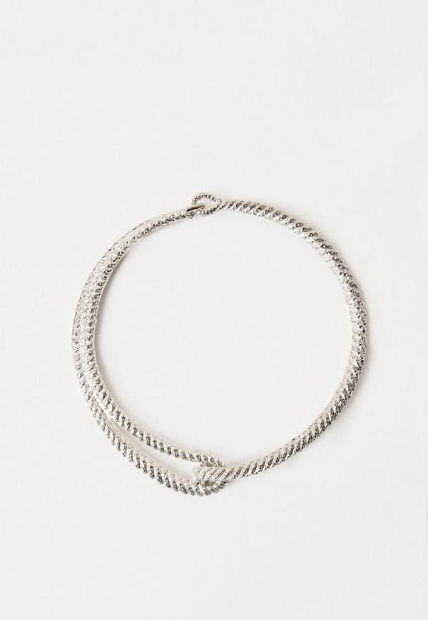 Metal Clasp Detail Choker Necklace Silver