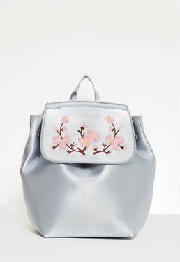 Satin-Rucksack mit Kirschblüten Décor in eisigem Blau