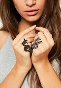 Zestaw czarnych pierścionków z napisem LOVE
