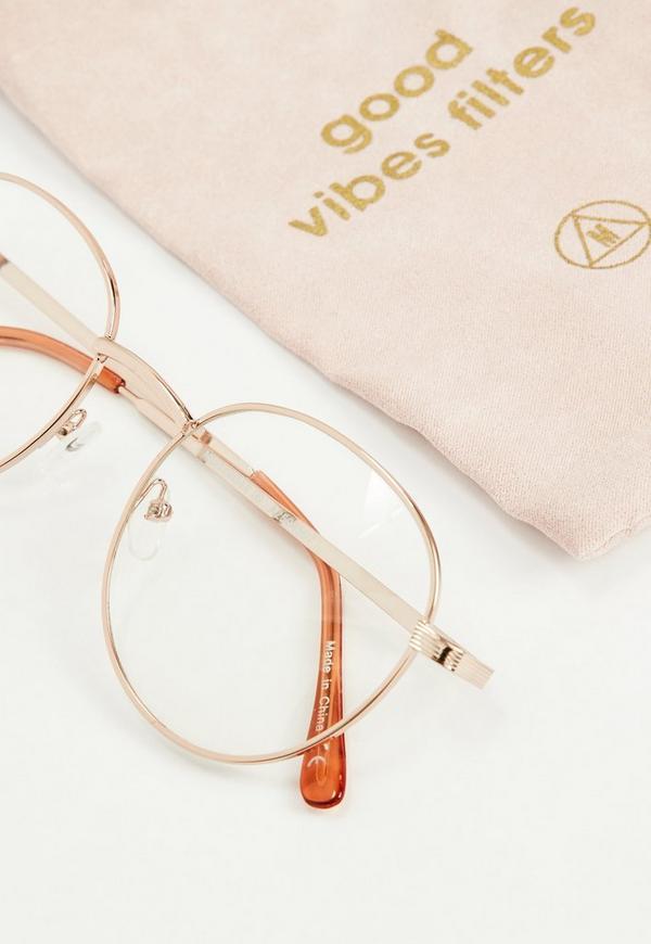 Runde Brille mit schlichtem Rahmen in Rosé-Gold | Missguided