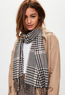 Bufanda larga de cuadros en marrón