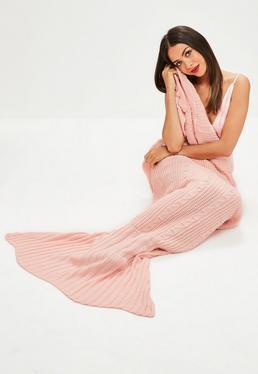 Pink Knitted Mermaid Blanket