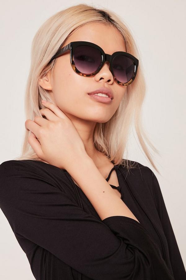 Graduated Frame Oversized Sunglasses Black