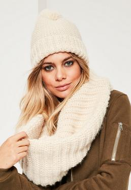 Cream Knitted Snood & Hat Set
