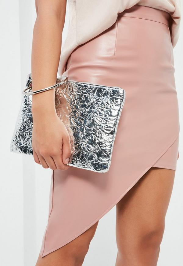 Silver Metallic Hoop Handle Clutch Bag
