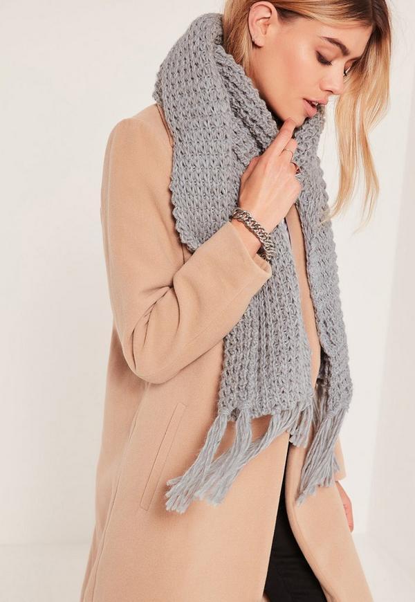 Chunky Knit Tassel Scarf Grey