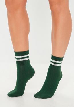 Зеленые полосатые носки