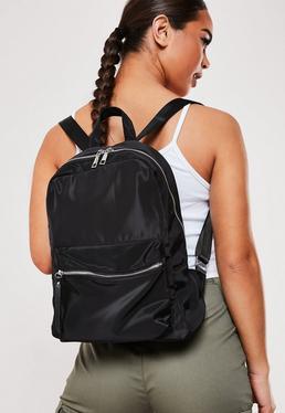 Черный рюкзак на молнии спереди