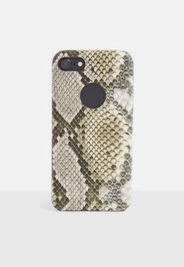 Чехол для iPhone 7/8 коричневого цвета со змеиным принтом