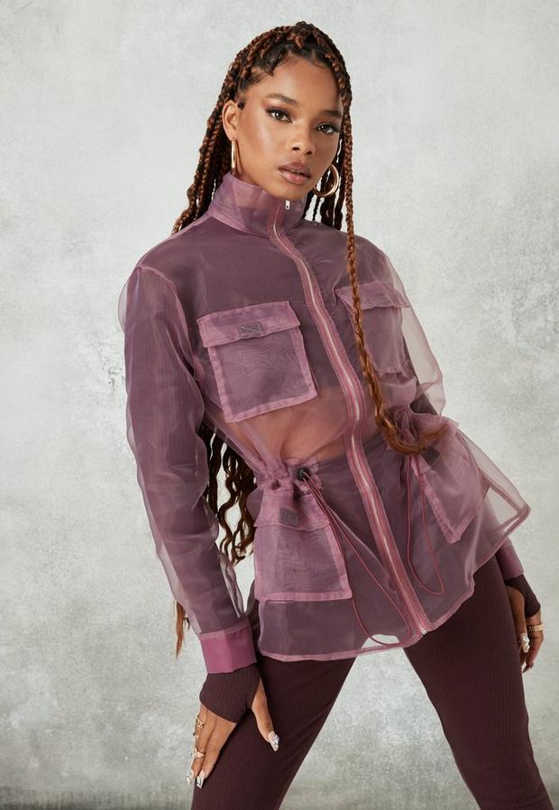 Artikel klicken und genauer betrachten! - Utility-Jacke aus Organza in transparentem Rosa | im Online Shop kaufen