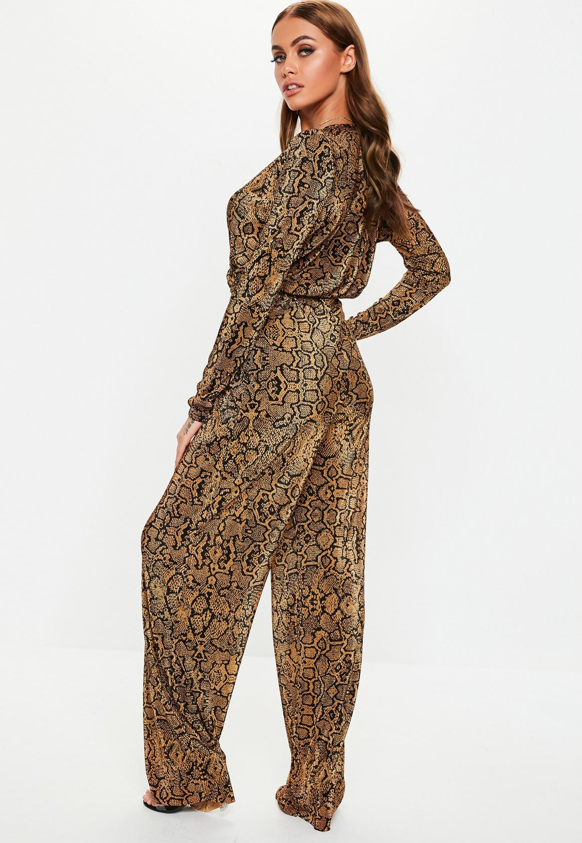 Missguided - pantalon large plissé marron imprimé serpent - 3