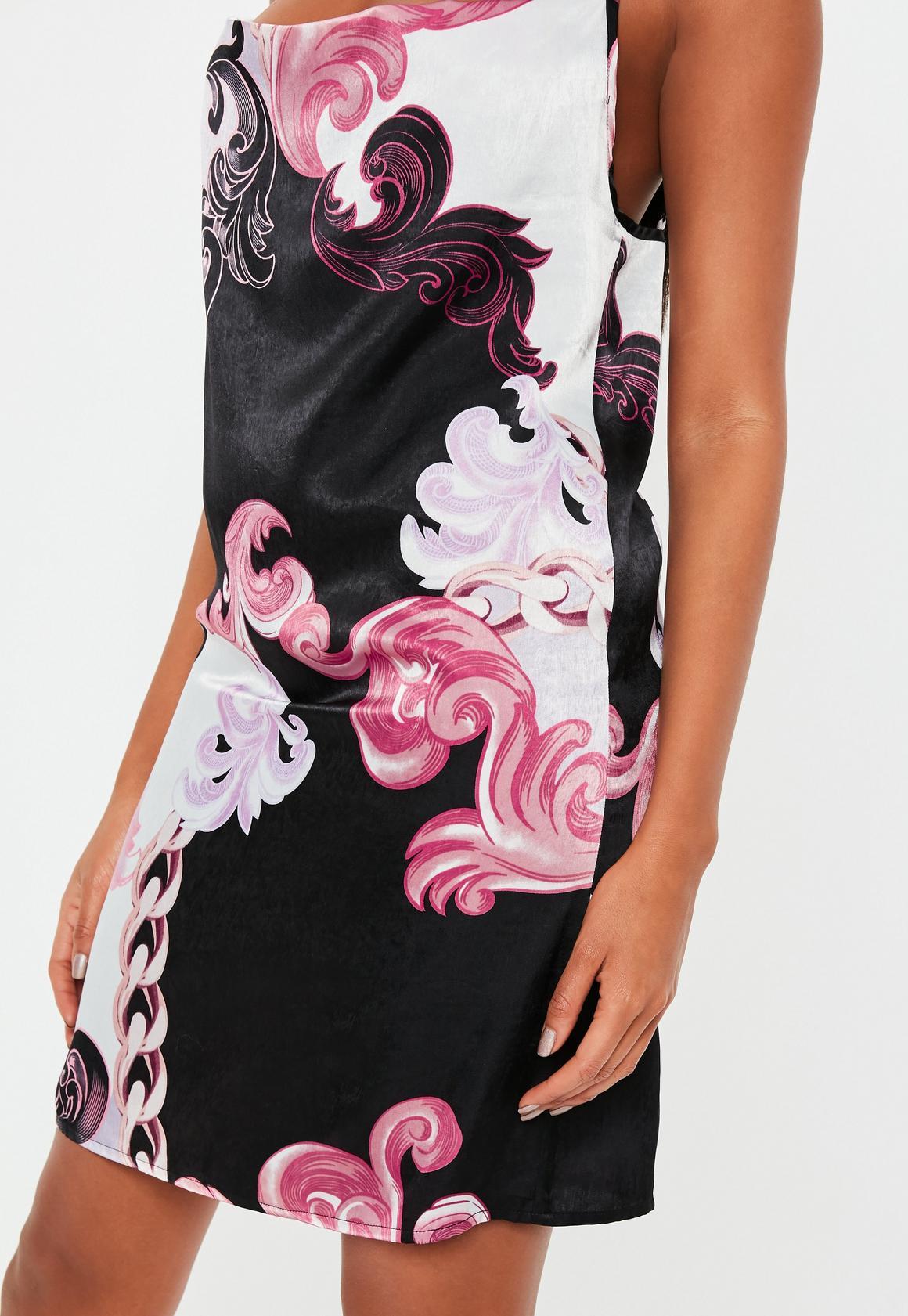Missguided - robe courte e en satin avec col bénitier et imprimé floral - 3