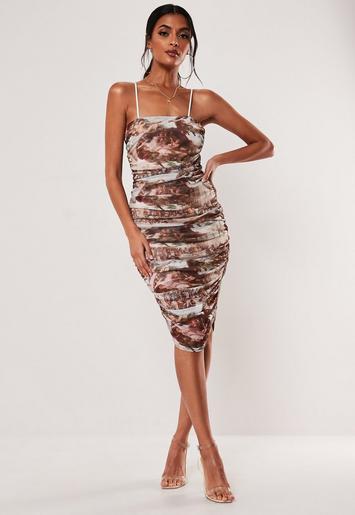 Brown Renaissance Print Ruched Mesh Midi Dress Missguided