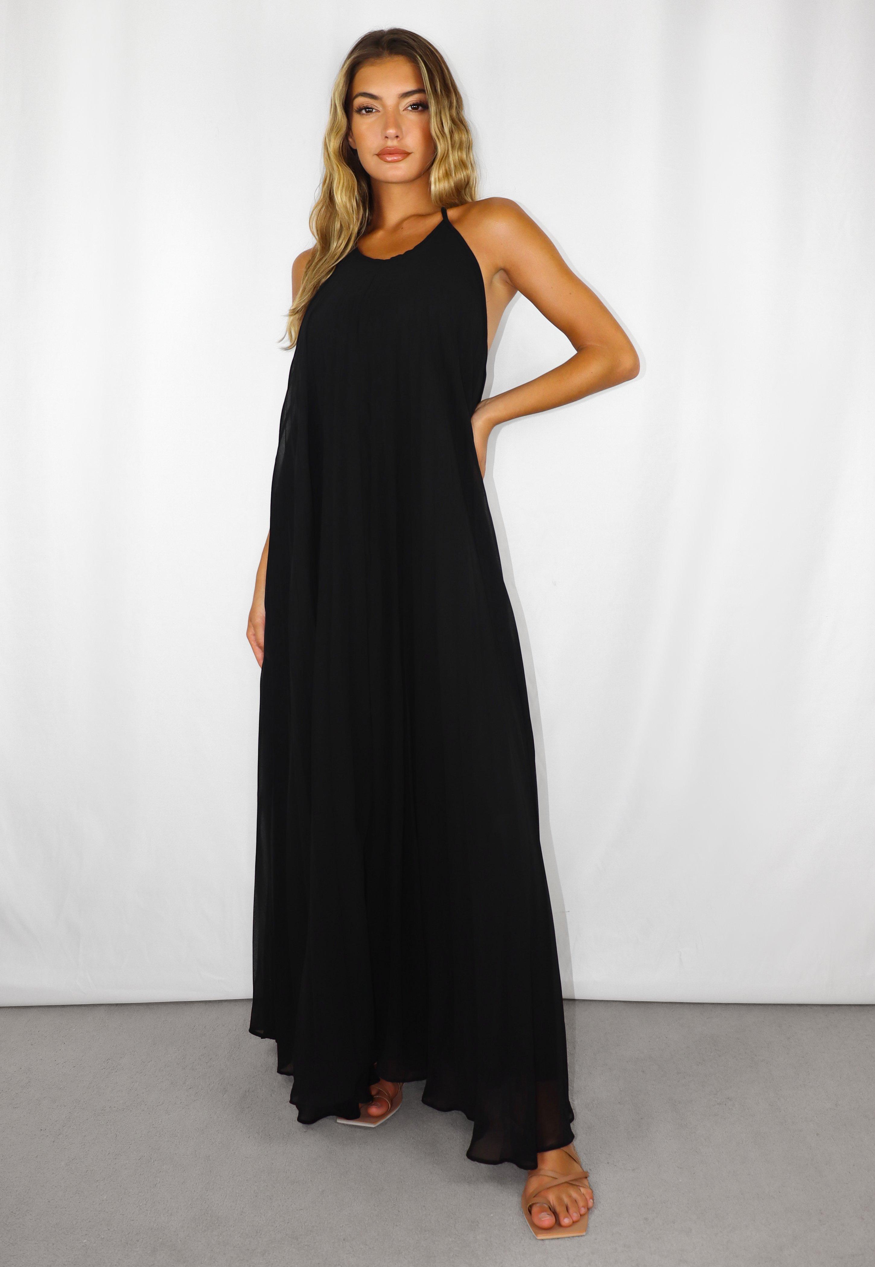 Plissiertes langes Neckholder-Kleid in Schwarz
