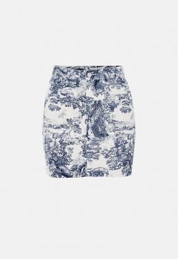 Jeansowa spódniczka mini w niebieskie porcelanowe wzory