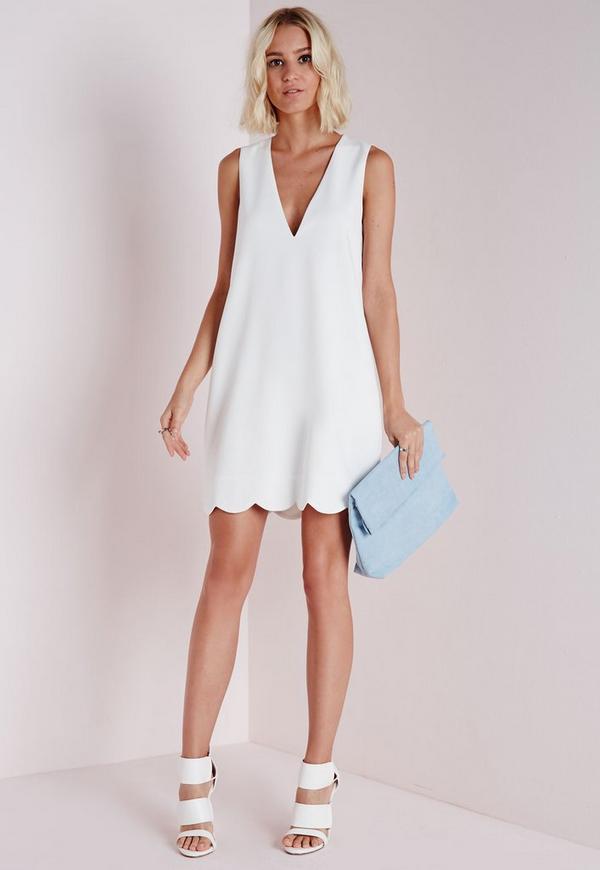Robe blanche en crepe