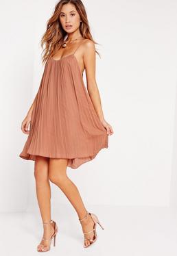 Beżowa rozkloszowana plisowana luźna sukienka
