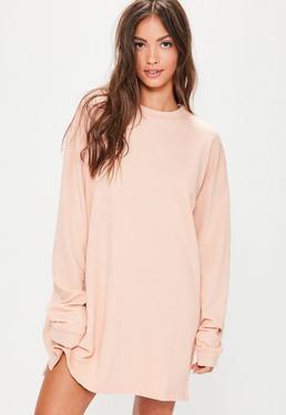 Oversize-Pulloverkleid in Nude