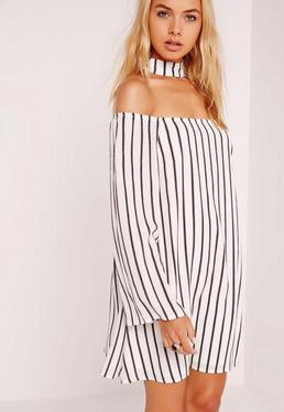 Gestreiftes Swing-Kleid mit Choker-Kragen in Weiß