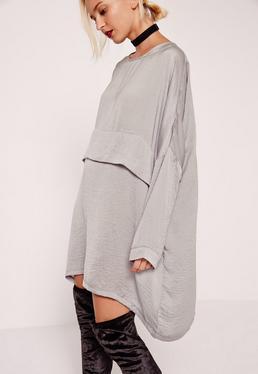 Szara owersajzowa satynowa sukienka