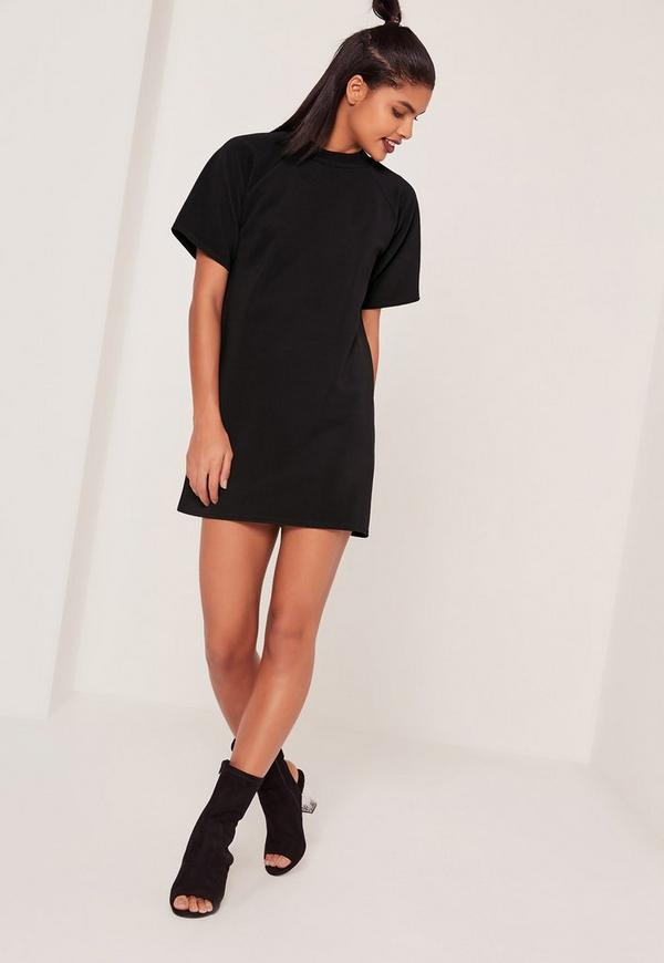 kurz rmliges oversize t shirt kleid in schwarz missguided. Black Bedroom Furniture Sets. Home Design Ideas