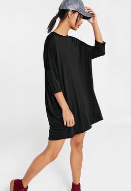 Vestido estilo camiseta oversize con diseño raglán negro