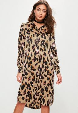 Robe-chemise marron fendue imprimé léopard