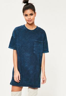 Niebieska sukienka t-shirt z kieszonką z przodu