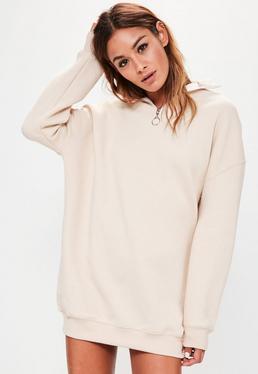 Biała sukienka bluza z ozdobnym zamkiem