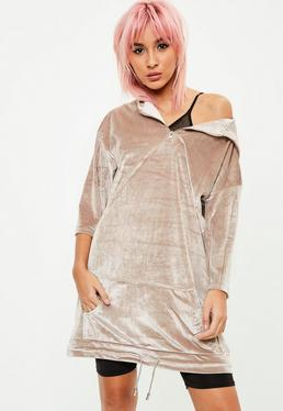 Vestido de Terciopelo Oversize con Bolsillo Frontal Escote Cremallera en Nude