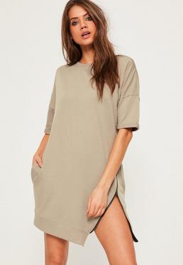 Kurzärmliges Pulloverkleid mit asymmetrischem Reißverschluss in beigem Khaki