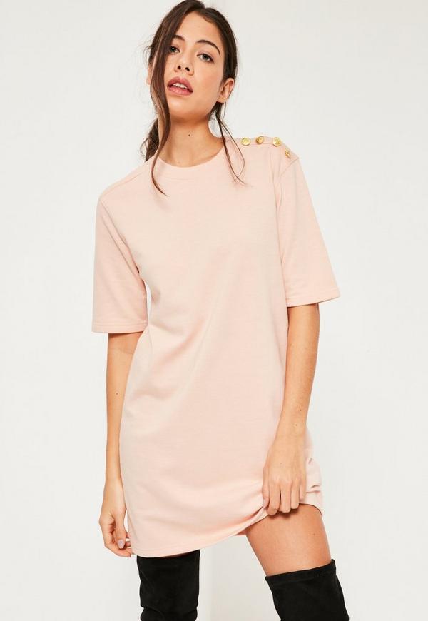 T-Shirt-Kleid mit goldenen Military-Knöpfen in Rosa | Missguided