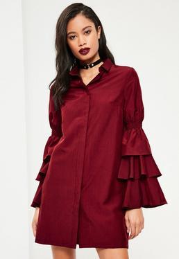 Burgundowa sukienka koszulowa z falbanami na rękawach