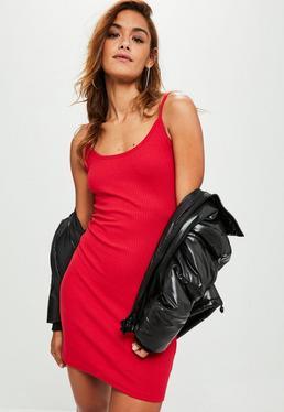 Geripptes Träger-Minikleid in Rot