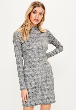 Robe moulante grise manches longues col montant