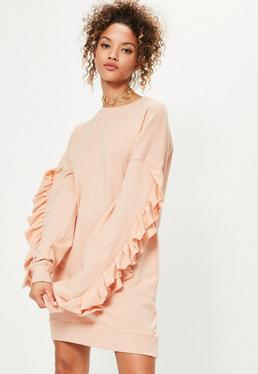 Robe pull rose avec manches froufrous