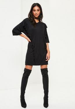 Czarna sukienka t-shirt z falbankami na przodzie