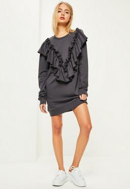 Robe-pull grise à froufrous