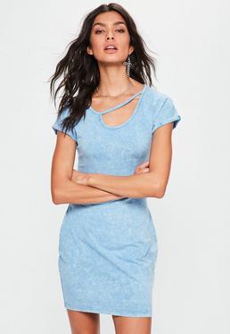 Vestido ajustado de efecto lavado y cuello recortado en azul