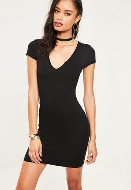 Czarna dopasowana sukienka t-shirt