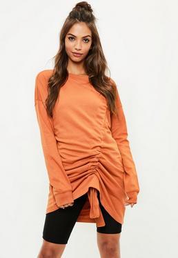 Vestido sudadera con fruncidos en naranja