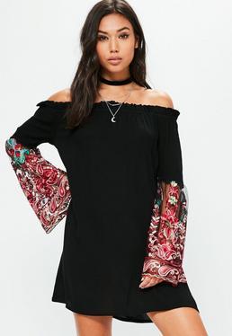 Czarna luźna sukienka bardot z haftowanymi rękawami